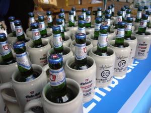 Frisches alkoholfreies Einbecker im Krug.