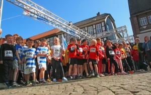 Bierstadtlauf 2014: Start für die Jüngsten.