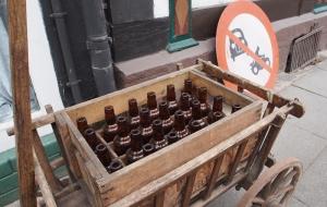 Kiste mit Bierflaschen - leider nicht aus Einbeck...
