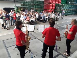 Jazz-Klänge der Mendelssohn-Musikschule in der Verladehalle der Einbecker Brauhaus AG.